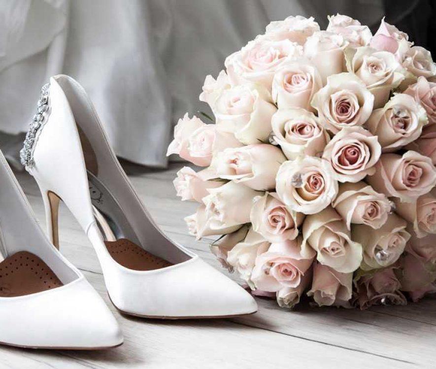 Νυφικά Παπούτσια: Οι Καλύτερες Επιλογές για Chic Γαμήλια Παρουσία