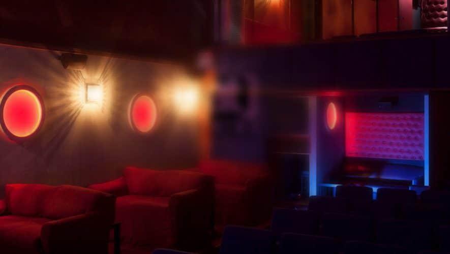 XXX Ιστορίες: Μια Νύχτα σε Τσοντάδικο