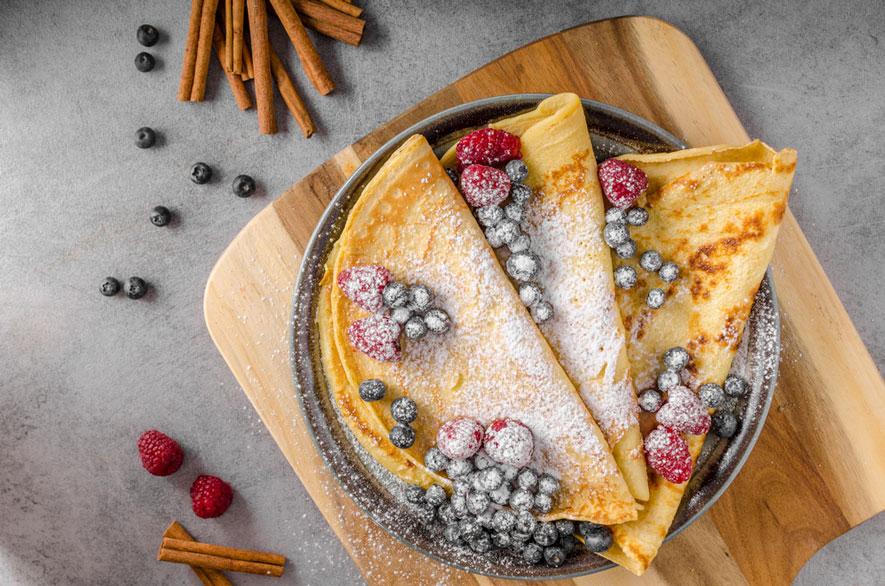Τηγανίτες με μέλι και κανέλα