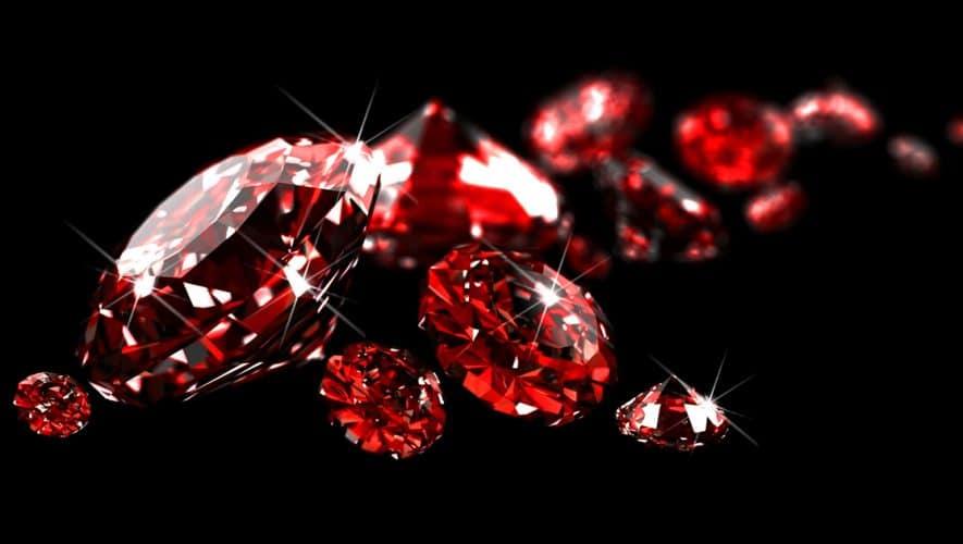 Κοσμήματα με Ρουμπίνι: Ιδανικό Δώρο για την 15η και την 40η Επέτειο Γάμου ενός Ζευγαριού