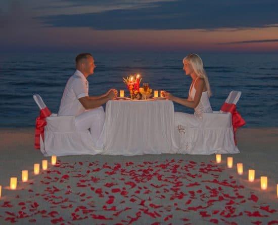 """Πρόταση Γάμου: Πρωτότυπες Ιδέες για να σου Πει το """"Ναι"""""""
